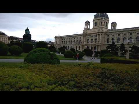 Vienna, Museum of Natural History, Kunsthistorisches, and MuseumsQuartier