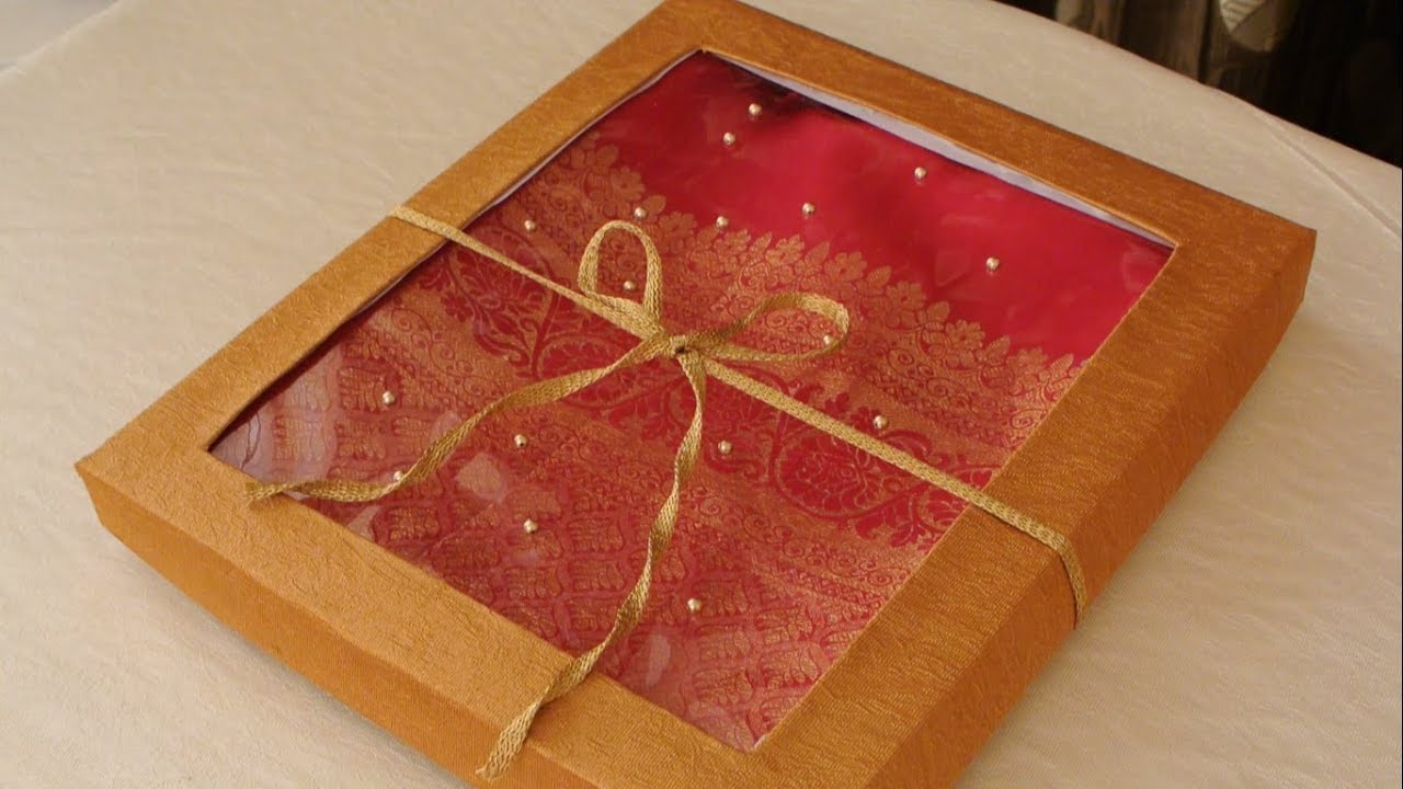 ed3d01dd961560 DIY Saree Gift Packing