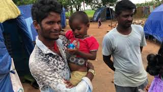 Preaching Jesus at roadside slum in India