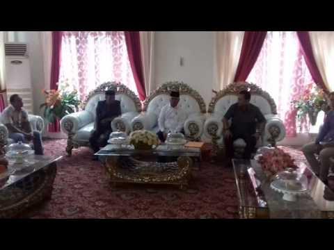 Muslimin Bando Terima Formulir Calon Bupati Dari Tim Desk Pilkada Hanura Enrekang