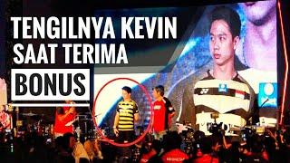 Terbaru Aksi Tengil Kevin saat terima Bonus, Semua itu belum Cukup...
