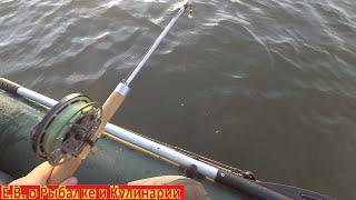 Ловля, берша с лодки в отвес на Тюльку.Ловим в отвес с лодки так ловили наши деды на балду в СССР.
