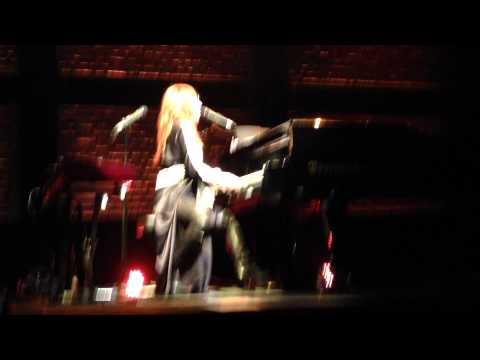 ...Tori Amos - Take On Me (A-Ha cover) Live @ Sentrum Scene,Oslo,Norway 22.05.2014