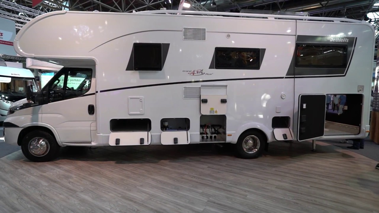 caravan salon d sseldorf 2017 i dethleffs wohnmobil impressionen youtube. Black Bedroom Furniture Sets. Home Design Ideas