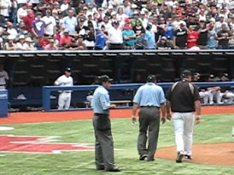 Toronto coach goes nuts, Blue Jays vs Phillies 2011