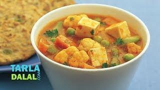 Subz Makhani (Low Fat & Low Cholesterol) by Tarla Dalal