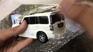Анбоксинг 2015 року нового покоління Махиндра Скорпіо масштаб модель іграшка автомобіль