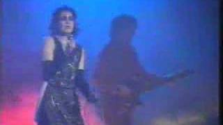 Siouxsie & The Banshees - Helter Skelter