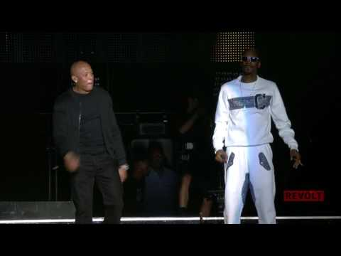 Insider Access | Diddy unites with Snoop and Dr. Dre onstage
