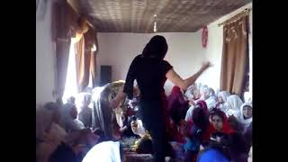 Pathan Village Girl Sexy Dance in Pashto Song