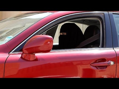 Saudi government warns women not to defy driving 'ban'