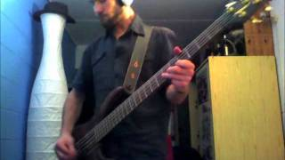 Motörhead - Love Me Like A Reptile - Bass Cover