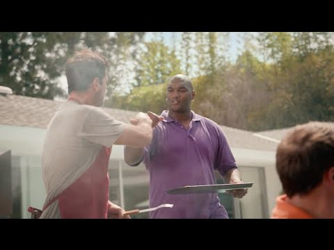 JaMARCUS RUSSELL STARS IN A COMMERCIAL ?!