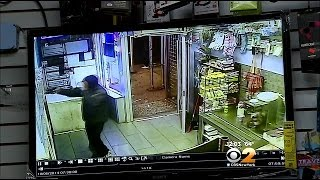 NYPD: Man Steals $900 From Brooklyn Bodega After Firing Handgun