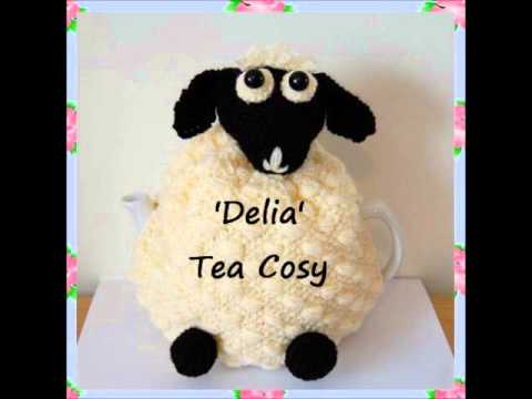 Delia Sheep Lamb Kitchen Farmyard Country Dk Yarn Tea Pot Cosy