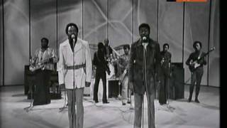 Sam & Dave - WHEN SOMETHING IS WRONG WITH MY BABY (1972)