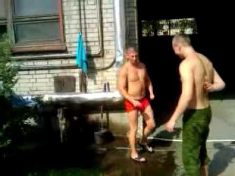 Хлопцї геї тренуються голышом фото 182-352