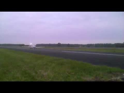 Atterrissage RF-6 à LFCA