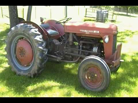 massey ferguson 35 deluxe farm tractor youtube. Black Bedroom Furniture Sets. Home Design Ideas