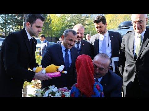 """Dışişleri Bakanı Çavuşoğlu: """"3 Buçuk Milyon Suriyeli'ye Ev Sahipliği Yapıyoruz"""""""