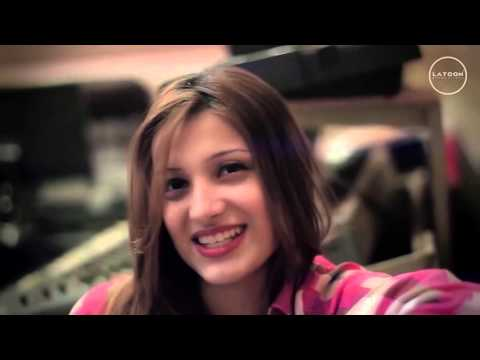 Laila Khan New Live Song 2015 - Muhabbat...