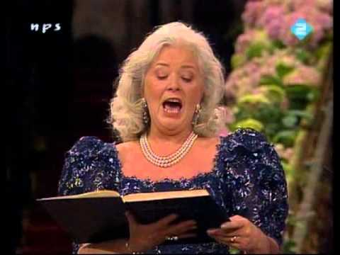 Gwyneth Jones  Murdering Mahler