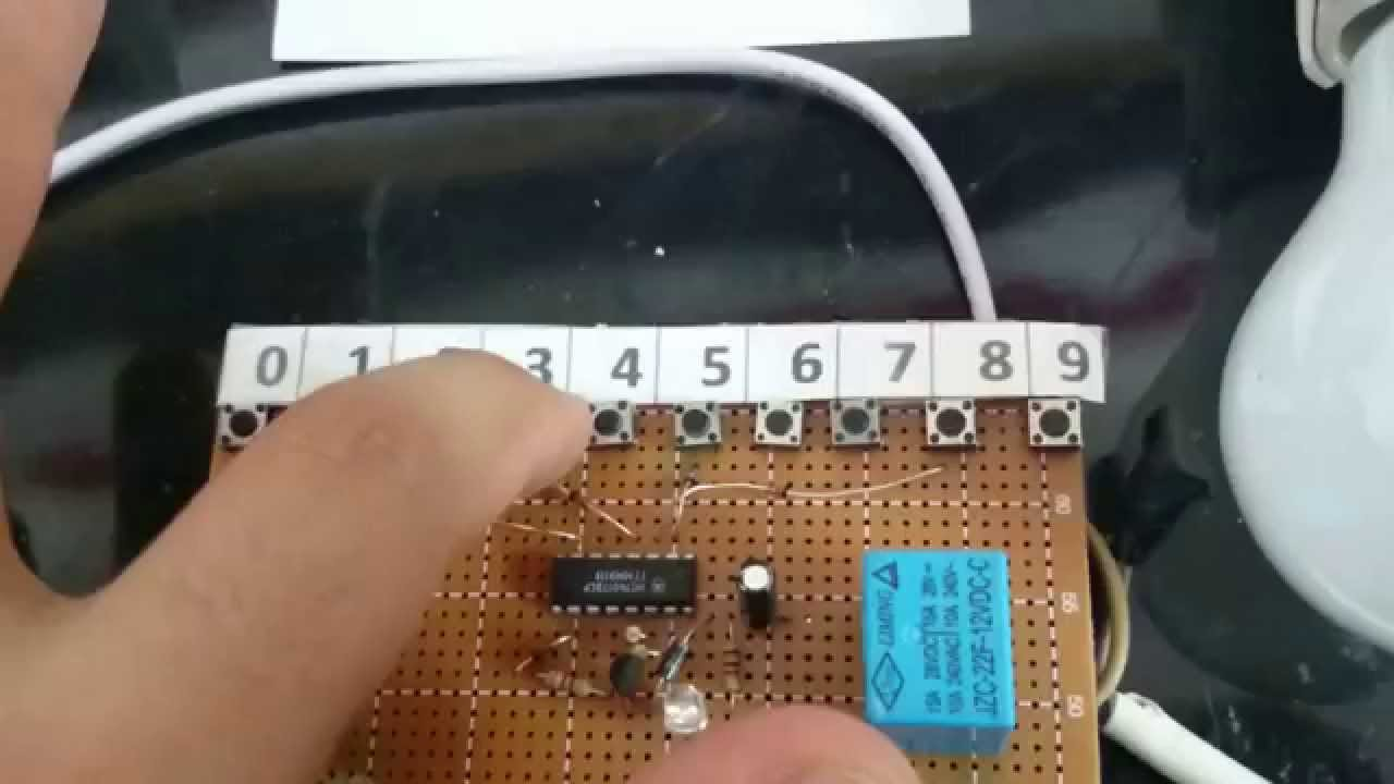 Simple Switch With Password Using Ic 4017 Youtube Random Number Cd4017