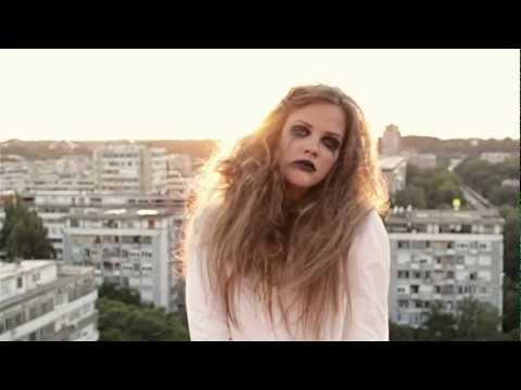 Lejla Hot - Zar me je tako tesko voleti - (Official Video 2012) HD