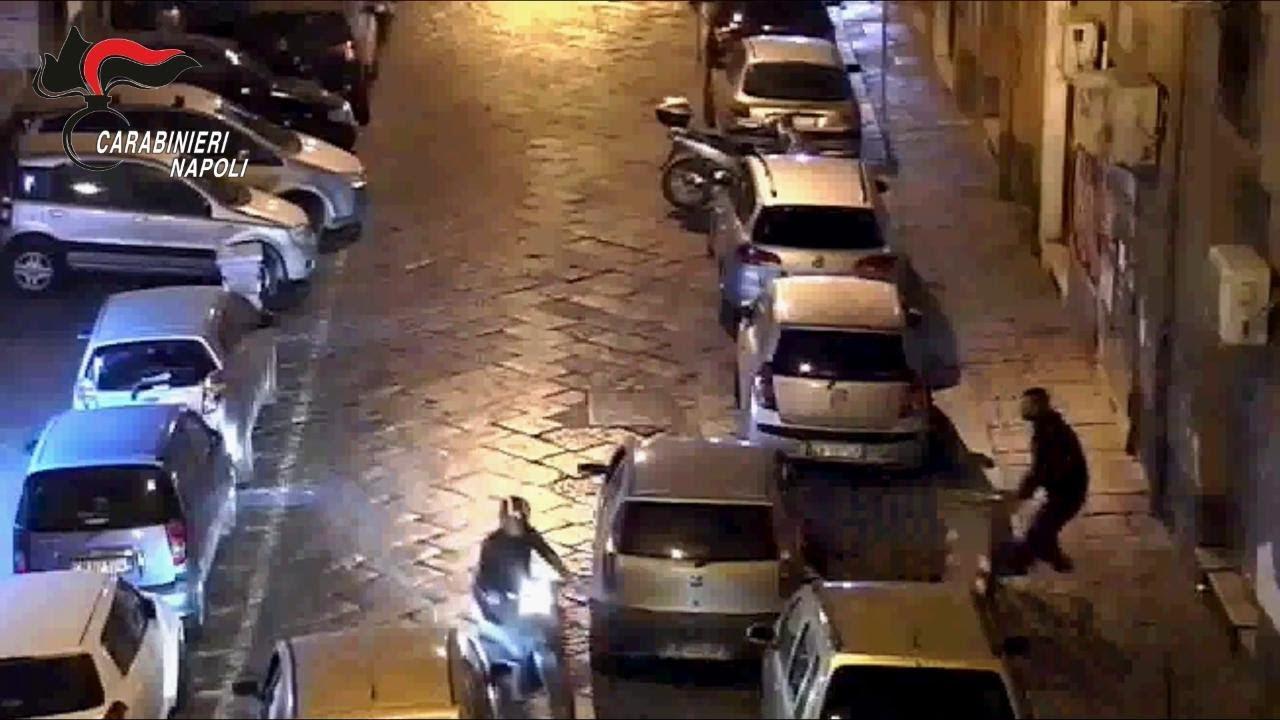 Via Sedile Di Porto.Via Sedile Di Porto Preso L Ultimo Componente Della Gang Di Parcheggiatori Abusivi Youtube