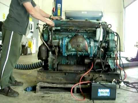 GM Detroit Diesel 6-71 Engine Motor Running and Shut Down 2 Stroke THD 4512