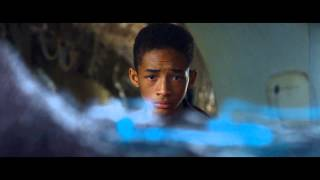 DESPUES DE LA TIERRA (After Earth) - clip Beacon Clean