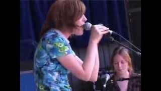 Sarah Blasko - Don't U Eva (Live at Falls Festival 2005)