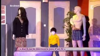 Arnaud Tsamere - Avril ne te découvre pas d'un fil