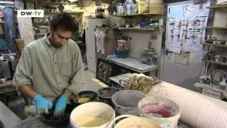 Marmorsäulen aus Gips: Die Scagliola-Technik | euromaxx