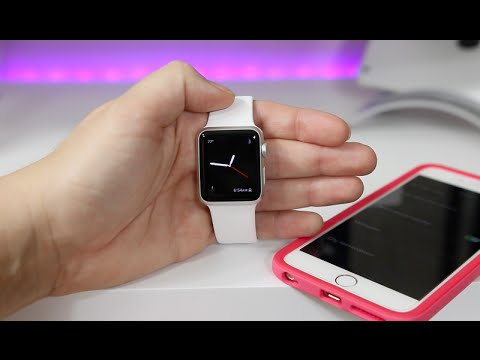 How To Customize The Clock on the Apple Watch thumbnail