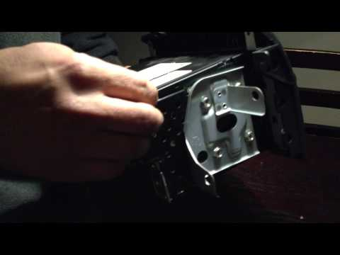 Video on how to remove stuck CD