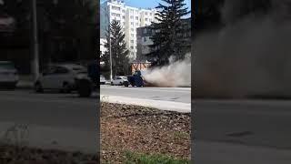 Очевидцы: В Кишиневе техника для уборки улиц только поднимает пыль и грязь