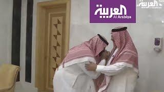 فيديو.. محمد بن نايف ولي العهد السابق يبايع محمد بن سلمان ولياً للعهد