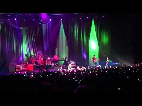 Avril's concert 20110507 @ Asia World Expo HK