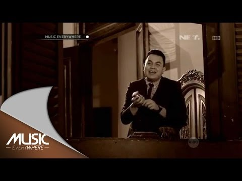 Tulus - Aksi Kucing Nien (Lesma Cover) - Music Everywhere