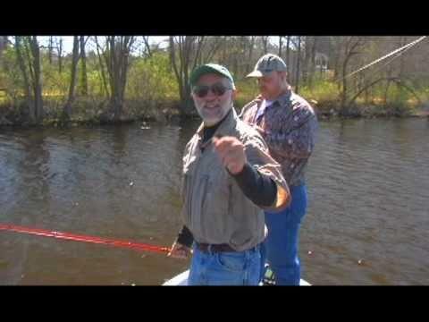 DVO 807 Carnegie Lake Bass Fishing