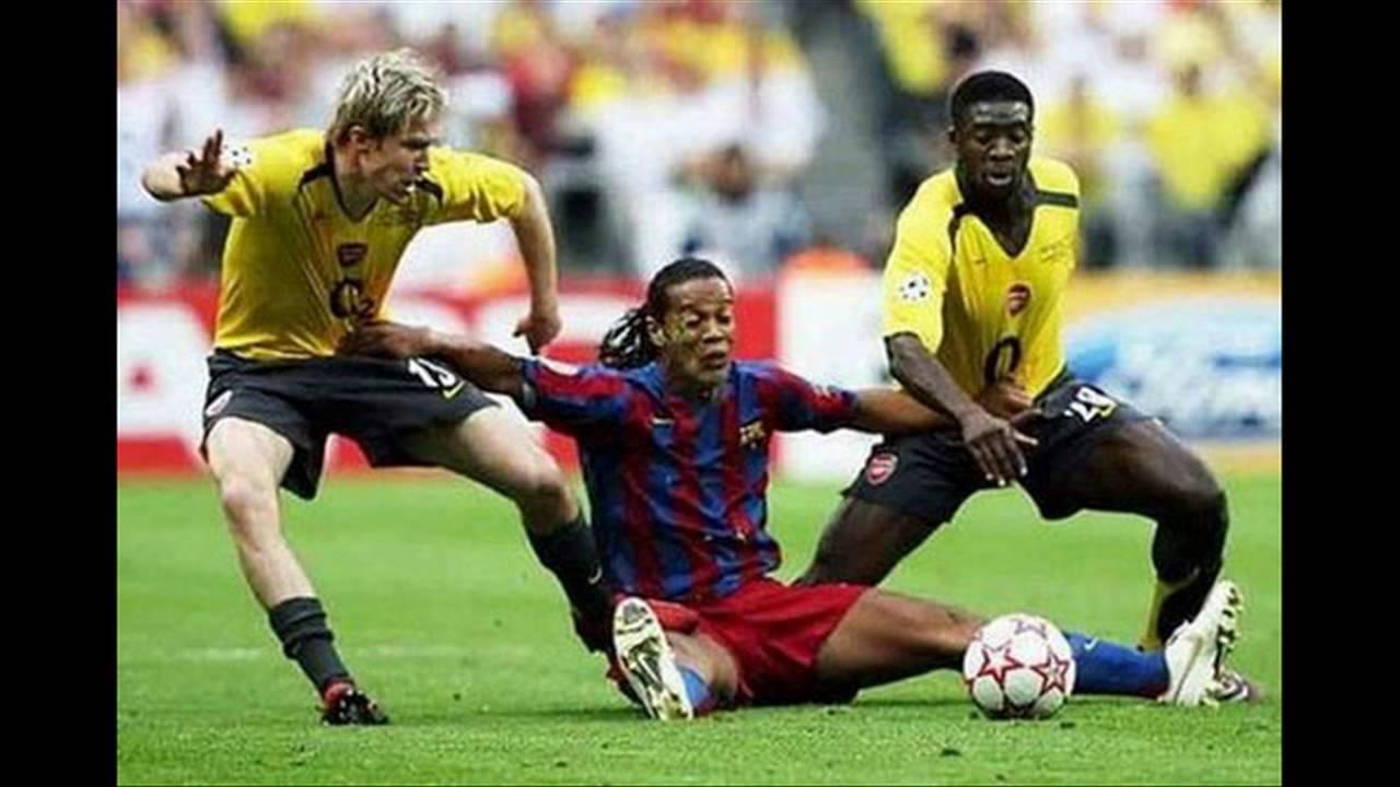 Những hình ảnh hài hước trong bóng đá !