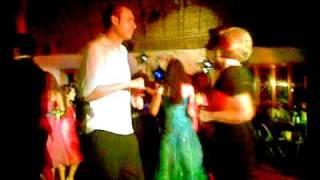 Borracho del palomo bailando