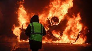 Что происходило в Париже во время акций против повышения цен на топливо