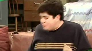 Drake & Josh - Theme Song (All Seasons) (Drake Bell - Found A Way)