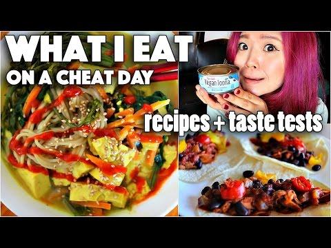 What I Eat on a CHEAT Day (VEGAN RAMEN, BBQ TACOS, etc…)