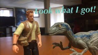Jurassic World Fallen Kingdom - Velociraptor Blue and Owen Figures