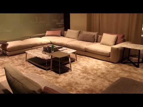 Unique Arrangement for an L-Shaped Living Room : Interior Design Tips