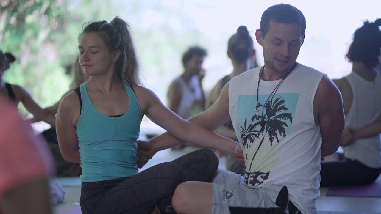 200hr Or 300hr Yoga Teacher Trainings On Maui Hawaii 2019 Youtube