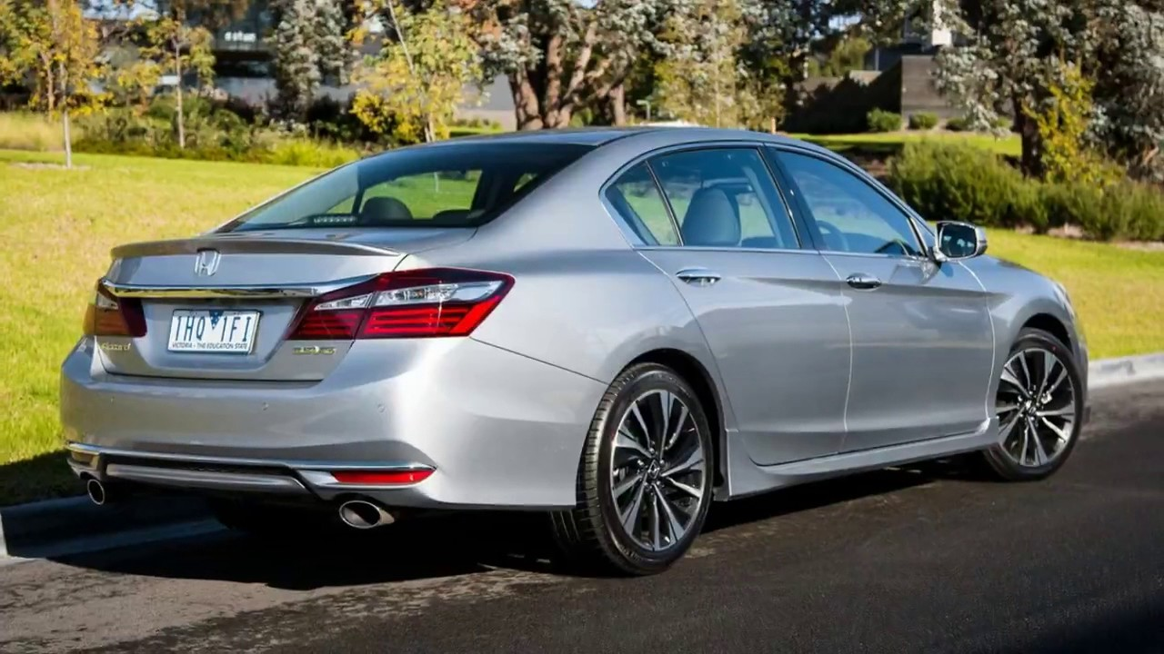Watch 2017 Honda Accord V6 Review